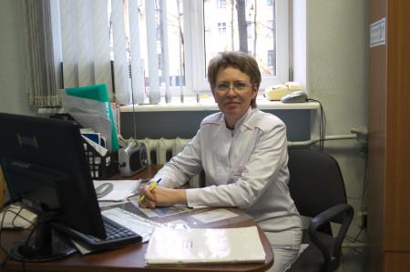 Старшая-мед-сестра-ортопедического-отделения-Матвеева-Н.А.-450x299